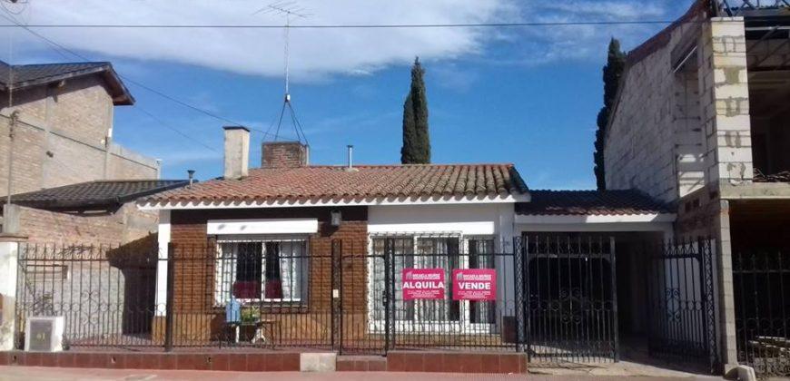 VENTA DE PROPIEDAD Y DEPARTAMENTOS EN B° COMERCIAL